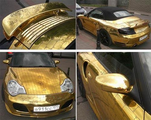 Porshe 911 покрытый золотом