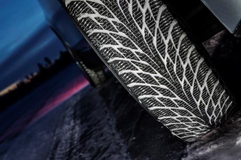Зимние шины Nokian_Hakkapeliitta_R2_BMWi3